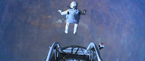 Red Bull Stratos – Final Jump